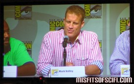Human Target Panel - Mark Valley answers a fan's question