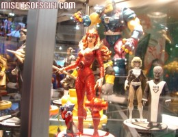 More Blackest Night figures at DC Booth
