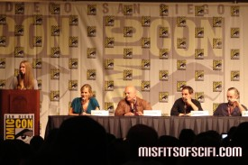 No Ordinary Family Panel - moderator Blair Butler, Julie Benz, Michael Chiklis, creators Greg Berlanti & Jon Harmon Feldman