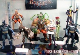 Ridiculously awesome Batman Arkham Asylum figures at DC Booth