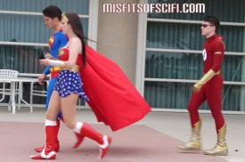 Superman with great cape action, Wonder Woman & a curiously slow Flash