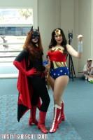 batwoman & wonder woman