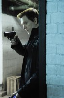THE FOLLOWING Kevin Bacon stars as Ryan Hardy in The Following, returning midseason on FOX. (Photo Credit: © Warner Bros. Entertainment Inc. All Rights Reserved.)